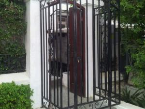 business access gate