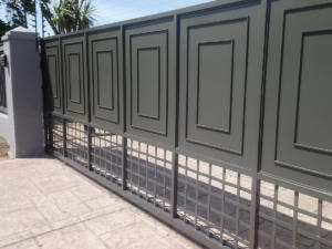 feature driveway gate